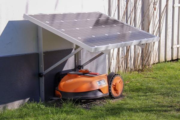 Lad robotplæneklipperen køre på 100% solenergi