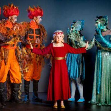 Familiemusicalen Skovens Dronning opføres af Eventyrteatret i efterårsferien i Tivoli.