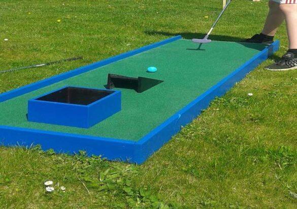 Minigolf til haven eller til sommerhuset.