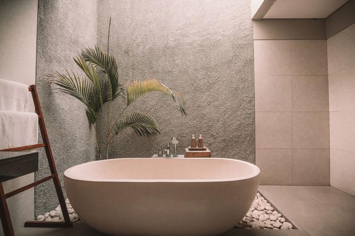 Tips til at indrette badeværelset som et wellness område